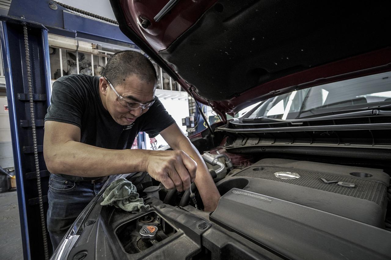 Auto Repair Oil Change Oil Auto Shop Repair Work